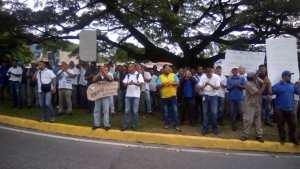 Trabajadores de Inlaca protestan para exigir mejoras salariales #18Jun (fotos)