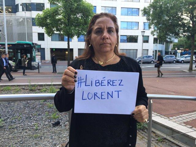 Yamilé Saleh, madre del preso político Lorent Saleh, en París // FOTO @andreina