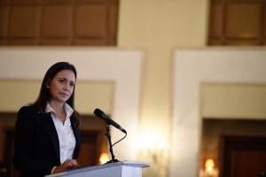 María Corina Machado: Los mafiosos no pueden estar en el gobierno de transición