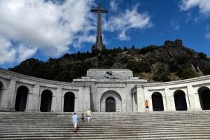 Cuatro décadas después de muerto, la batalla por la tumba de Franco