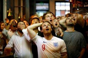 ¿Jugada legal? Inglaterra intentó empatar el partido mientras los croatas festejaban el gol de la victoria