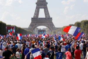 En FOTOS: Así vivieron los hinchas franceses la final del Mundial desde su país