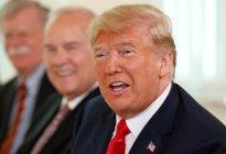"""La razón de por qué al poner """"idiot"""" en Google aparecen imágenes de Donald Trump"""