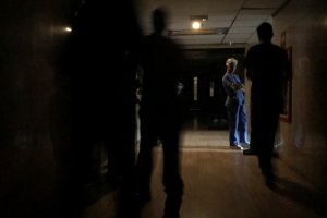 La fuga de personal en clínicas ronda el 50%