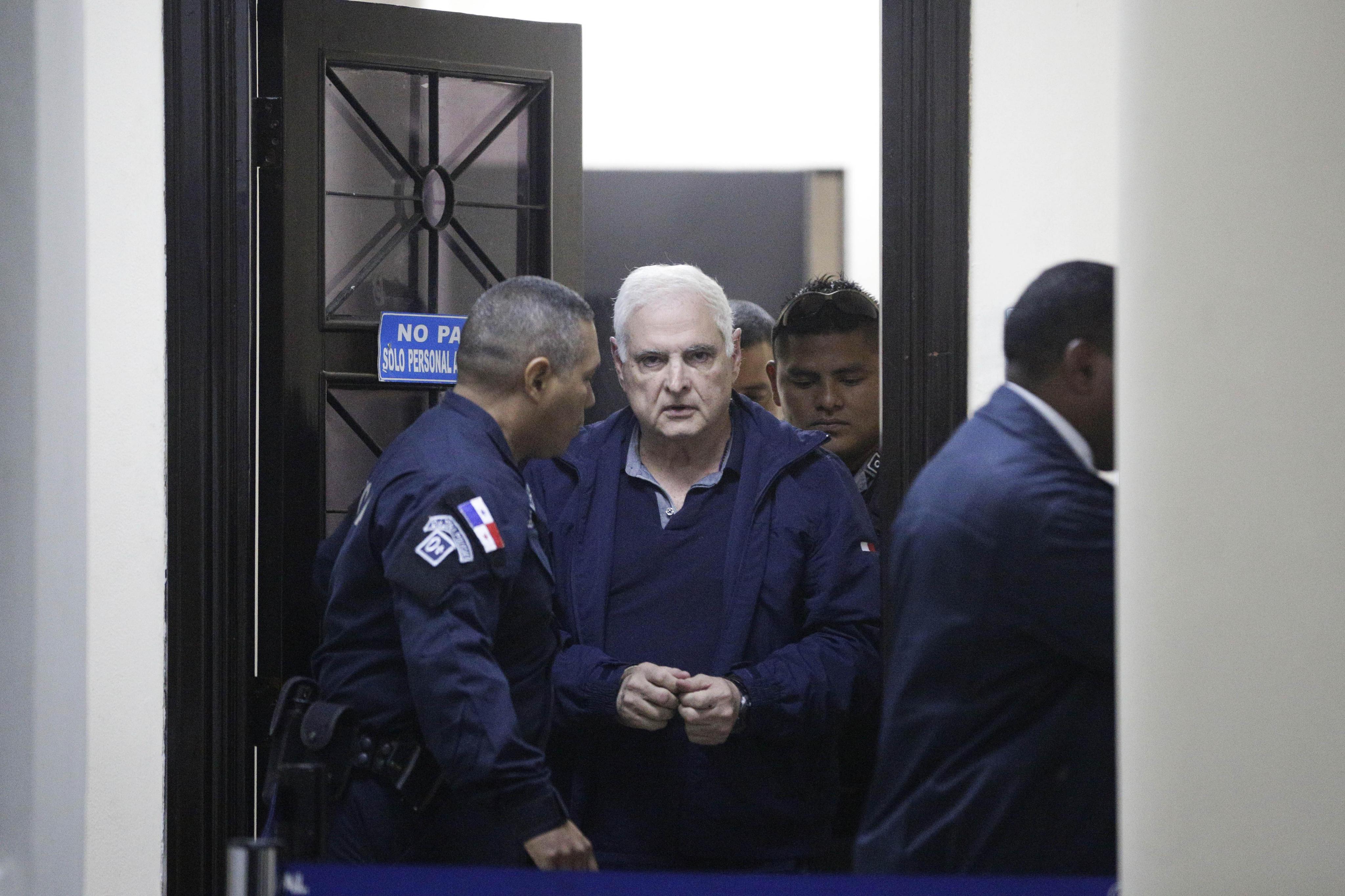 Martinelli, preso como un príncipe en Panamá