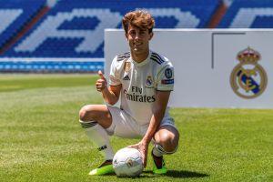 Odriozola completa su primer entrenamiento con el Real Madrid