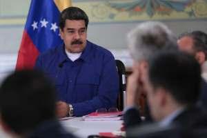 """¿Aló Bernal? Maduro tilda de """"showceros"""" a quienes critican su gobierno (Video)"""