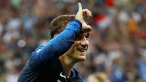 Griezmann, el niño que pedía autógrafos a los campeones de 1998 es hoy el mejor jugador de la final (Video)