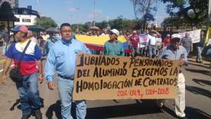 Jubilados marchan para exigir beneficios al nuevo presidente de la CVG #16Jul (video)