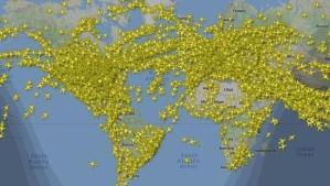Así estuvo el cielo el día de mayor tráfico aéreo de la historia