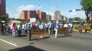 Jubilados y pensionados de la CVG marcharon para exigir mejoras socioeconómicas