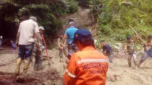 Más de dos mil personas quedaron incomunicadas tras fuertes lluvias en Táchira (fotos)
