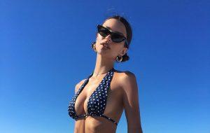¡Ay, chamo! Emily Ratajkowski desafió las reglas de Instagram con una foto sin censura desde Cartagena
