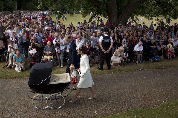 Los Duques de Cambridge bautizan a Louis, su tercer hijo