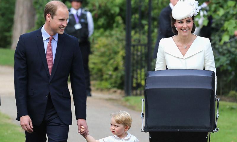 Kate Middleton 'recicla' estilo para el bautizo del Louis de Cambridge