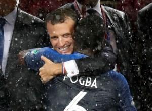 """Macron recibirá a los """"Bleus"""" en el Elíseo este lunes"""