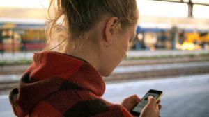 Alerta roja: 10 mensajes que jamás debes enviarle al hombre con el que estás saliendo