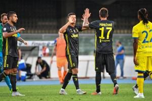 Cristiano Ronaldo no marca pero debuta en la Juventus con triunfo