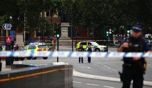 Terrorismo en Londres: Varios heridos al estrellarse un automóvil contra el Parlamento (Fotos)
