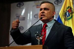 """Saab asegura que hay 34 implicados y 14 detenidos por el """"atentado"""" contra Maduro"""