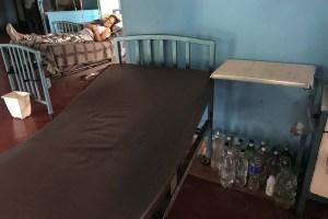 Tampoco hay agua: La batalla de médicos y pacientes por mantener la higiene en hospitales de Venezuela (fotos)