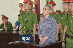 Activista vietnamita es condenado a 20 años de cárcel por tratar de derrocar al régimen