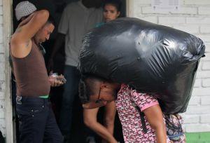 Unos 260 venezolanos salen de albergue en Cali por problemas sanitarios