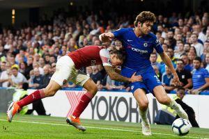Chelsea vence a Arsenal con goles españoles y juegazo de Hazard
