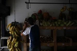 Varias zonas de la Gran Caracas continúan sin servicio eléctrico #17Oct