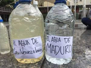 En Chacao protestaron por el agua sucia que llega por los chorros…cuando llega  #15Ago   (fotos)