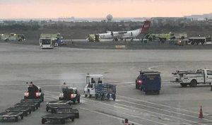 Avión aterrizó de emergencia en aeropuerto de Lima sin dejar víctimas (Video)