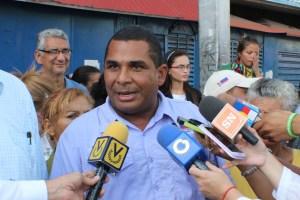 Concejales de UNT piden a la colectividad no acudir al censo para combustibles