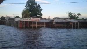 Declaran alerta roja en vasta zona del sur de Venezuela por inundaciones