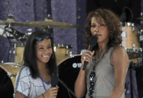 El joven que encontró a la hija de Whitney Houston inconsciente en la bañera murió de sobredosis