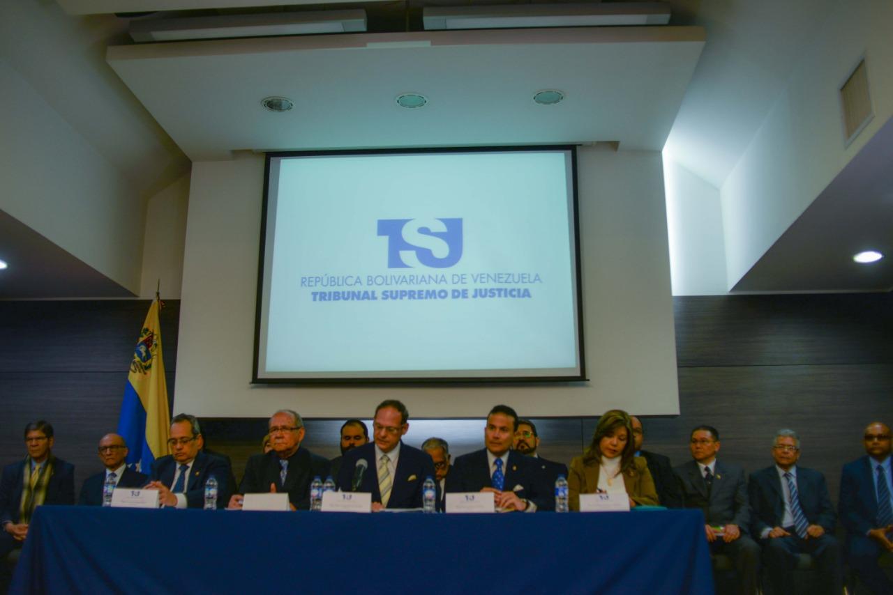 TSJ en el exilio sentenció a Nicolás Maduro a 18 años y 3 meses de cárcel por corrupción