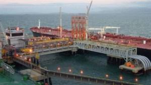 Choque de tanquero en Jose podría hacer caer 15,7 millones de barriles de crudo de las exportaciones de Venezuela