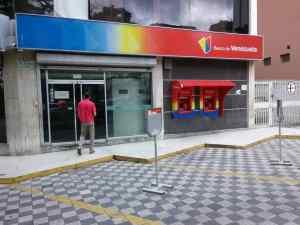Leonardo Buniak:  Los activos en dólares de la banca venezolana son de $326 millones