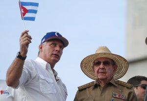 Agarrando mecate pa' soltar el chivo:Cuba cuida sus lazos con Catar y Argelia