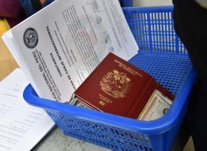 Ecuador pedirá antecedentes penales apostillados a los migrantes venezolanos