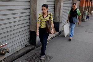 Mega incremento salarial de Maduro hiere de muerte a 40% de los comercios venezolanos