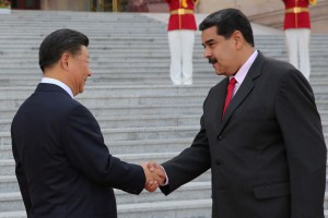 """Xinhua: Maduro se comprometió ante Xi Jinping a """"aprender más"""" sobre reforma, apertura y gobernabilidad"""