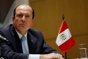 Perú afirma que venezolanos repatriados son una pequeña fracción de los mil 300 que ingresan al día