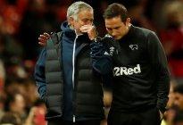 Equipo de Lampard elimina al Manchester United de José Mourinho en los penaltis de la Copa de Liga