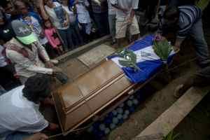 ¡Tragedia! Nicaragua entierra a otro adolescente que luchaba por la libertad de su país (Fotos)