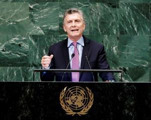 Macri insta al gobierno de Venezuela a reconocer crisis humanitaria para atender carencias de los desplazados (Video)