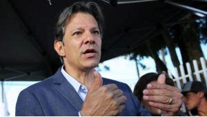 Haddad denuncia pacto entre Bolsonaro y empresas para difamarle por WhatsApp