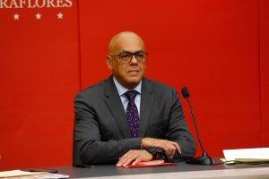 Jorge Rodríguez monta pataleta en Twitter por bloqueo de @PresidencialVen