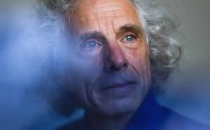 """Steven Pinker: """"Los populistas están en el lado oscuro de la historia"""""""