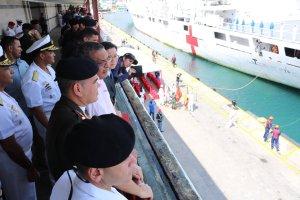 En Imágenes: Llegada del buque hospital chino al puerto de La Guaira #22Sep