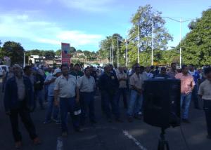 Trabajadores de la CVG Ferrominera protestan por incumplimiento de pago (Fotos) #20Sep